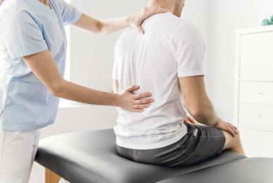 Quelle différence entre chiropratique et ostéopathie ?