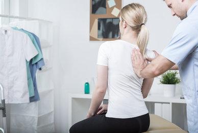 Doit-on se déshabiller pendant une séance d'ostéopathie ?
